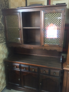 BUFFET & HUTCHES & CURIO CABINETS LESS THAN 1/2 PRICE ONLY $150