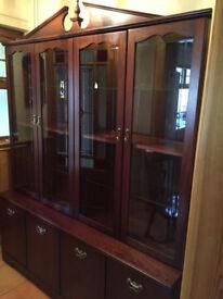 Walnut / Mahagony glass and cupboard display cabinet