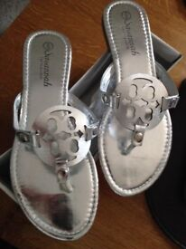 SILVER SANDALS SIZE 6 BRAND NEW