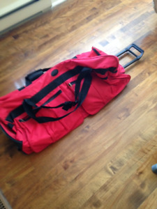 LUGGAGE OVER SIZE GREAT CONDITION HARDLY USED