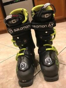 Youth/Mens Size 7-7.5 (25.5) Salomon Ghost Ski Boot