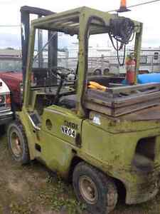 Clark Forklift in working condition Prince George British Columbia image 3