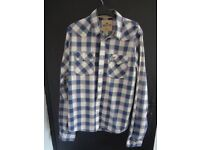 Hollister Mens Sixe XL long sleeve shirt