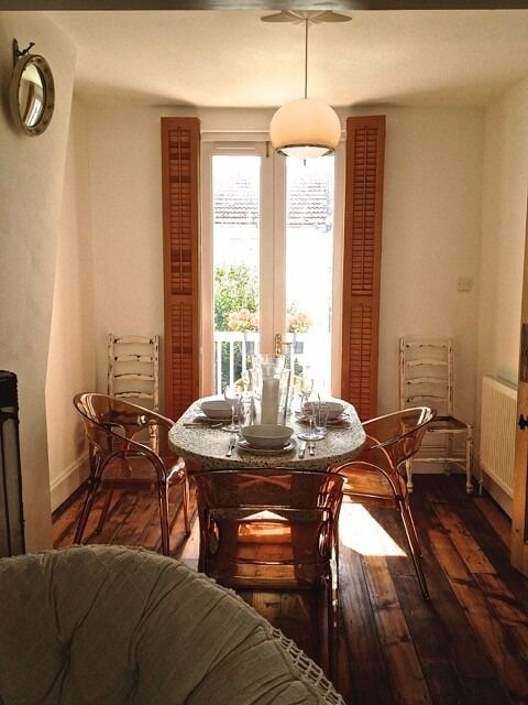 SB Lets are Delighted to Offer Luxury Two Bedroom Holiday Let in Kemp Town Brighton. With Wi-Fi