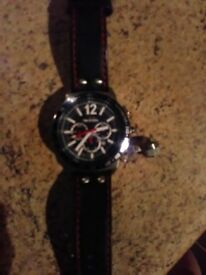 Men's watch,...NEW..... TW STEEL still in box and original receipt of purchase