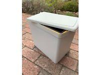 Door-mounted kitchen waste bin