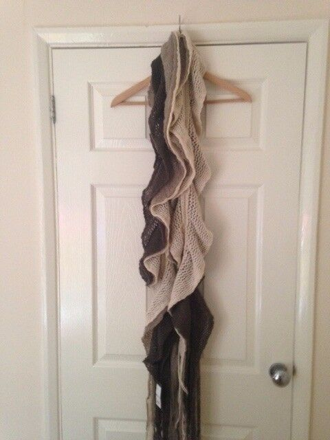 BNWT S House of Fraser Linea brown scarf