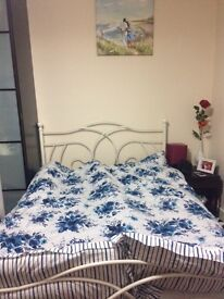 Double room available near ilford station