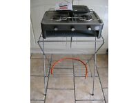 Camping double burner on stand