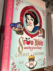 Cookie Cutters - Snow White and Spatula (Williams Sonoma) -new