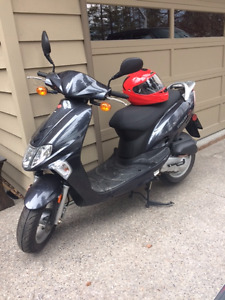 Kymco Vitality scooter, low km