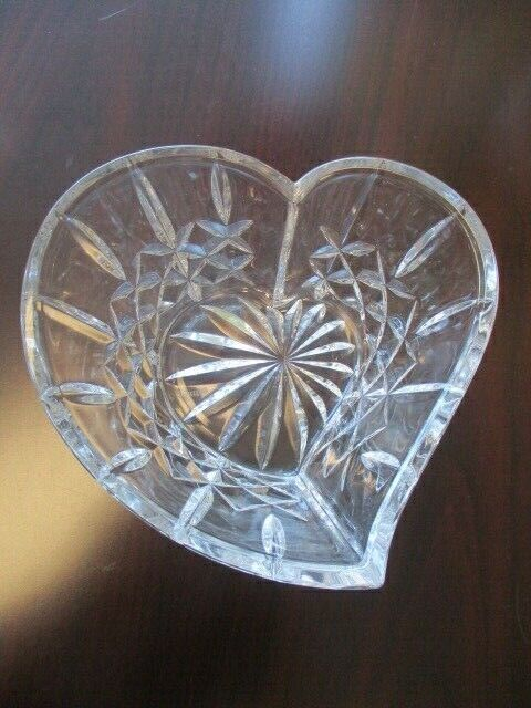 "Waterford Irish Cut Crystal Giftware Heart Shaped Sweetheart 6"" Bowl"