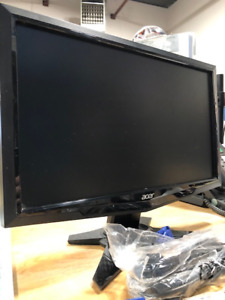 "16"" acer computer monitor with connection cables"