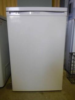 Westinghouse 119L Bar  Fridge/Freezer  (Includes Delivery) Wingfield Port Adelaide Area Preview