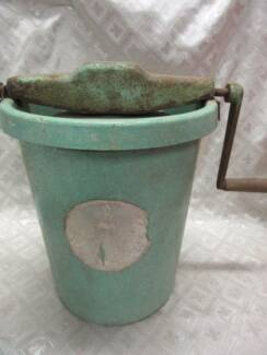 Centrifuge green enamel bucket with turning handle Blakeview Playford Area Preview