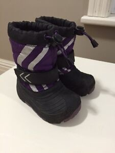 OshKosh Winter Boots - Toddler Size 5/6 Peterborough Peterborough Area image 5