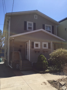 2 BR Flat near Quinpool / Commons