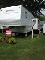 5th Wheel Trailer Wildwood One Owner Non Smoker Exc Cond
