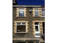 3 bedroom house in Monmouth View, Caerphilly, CF83 (3 bed)