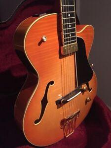 Yamaha AEX1500 Archtop Jazz Guitar