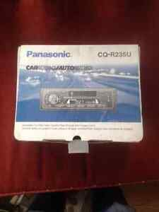 Panasonic CQ-R235U (Car Audio - tape deck and radio)