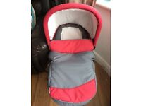 Hauck Bassinet to attach to stroller, for baby to lie down, never used