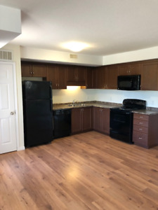 Sunny and bright 3 Bedroom 1.5 bathroom condo available NOW!