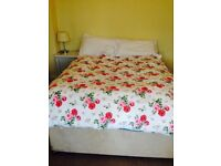 Double divan bed with two bottom drawers and memory foam mattress