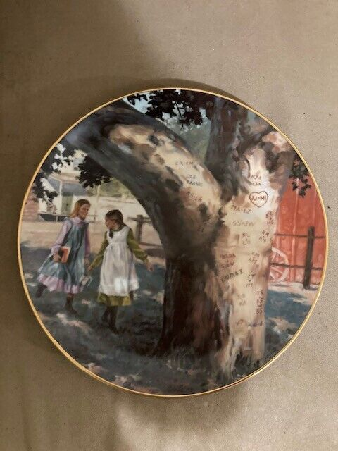 "Vintage - LITTLE HOUSE ON THE PRAIRIE ""THE SWEETHEART TREE"" COLLECTOR PLATE"