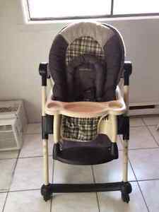 Chaise haute de Luxe Eddie Bauer