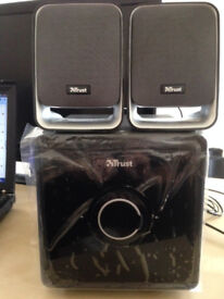 2.1 surround sound speakers with sub woofer. Excellent condition.