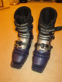 Mens Scarpa T2 Telemark ski boots