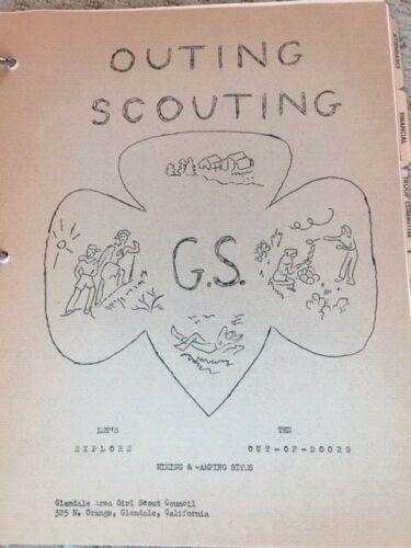Vintage Girl Scout Brownie Leader Manual Guide Notebook Glendale CA 1964