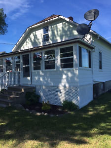 3br house on large lot across boat launch and steps to beach