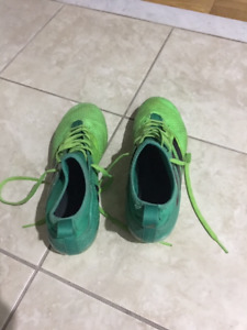 ADIDAS OUTDOOR 17.3 ACE SOCCER - SIZE 8.5