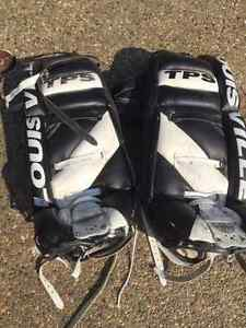 32 in Goalie Pads PRICE REDUCED Strathcona County Edmonton Area image 1