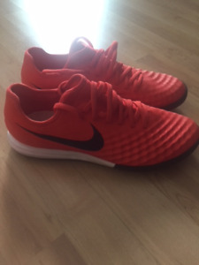 Men's Nike Shoes Sz 8.5