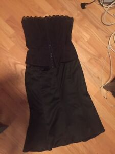 Mexx - Black corsette and skirt set - Size 4