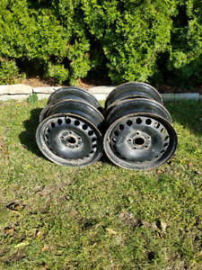 "4 Tire Rims 15""  5 x 100 MM original VW Golf and Jetta"