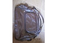 COTTON TRADER LEATHER HOLDALL. NEW