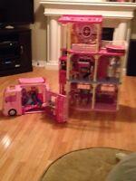 Barbie Dream House & Camper