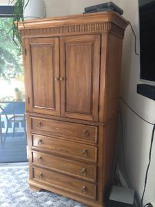 4 Piece Bedroom Dresser set