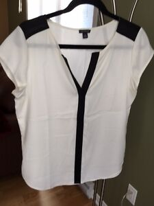 Ann Taylor Blouse slightly used West Island Greater Montréal image 1