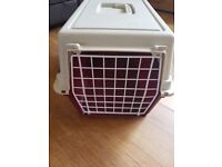 Cat/small dog carrier/cage/transporter
