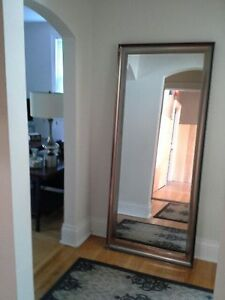 FULLY FURNISHED  amazing one bd  condo with in suite laundry