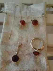 NEW Unique Amber & Silver Jewellery Set: Ring, Earrings, Pendant