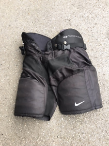 Hockey Pants - Nike Junior Quest size Medium