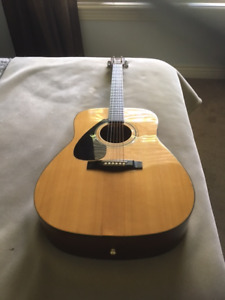 Left Handed Yamaha Acoustic Guitar