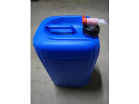 Plastic jerry can container (25 litre) with airflow tap