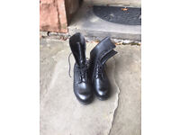 Genuine British Army Combat Boots Size 9.5